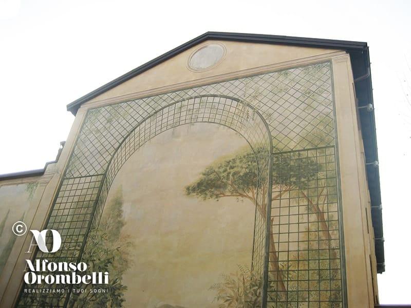 Alta decorazione murale facciata esterna