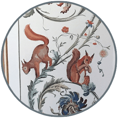 Alta decorazione murale: scoiattoli
