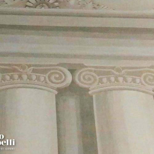 Decorazione murale colonne