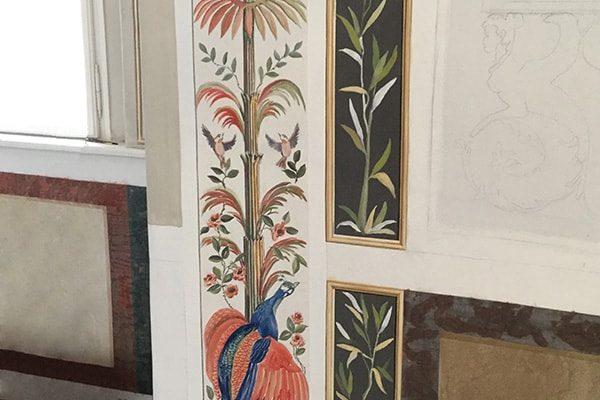 Colonne grotesque: alta decorazione murale