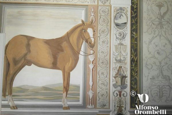 Interior Paint: grotesques horse