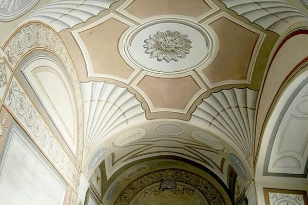 Interior Paint: grotesques ceiling