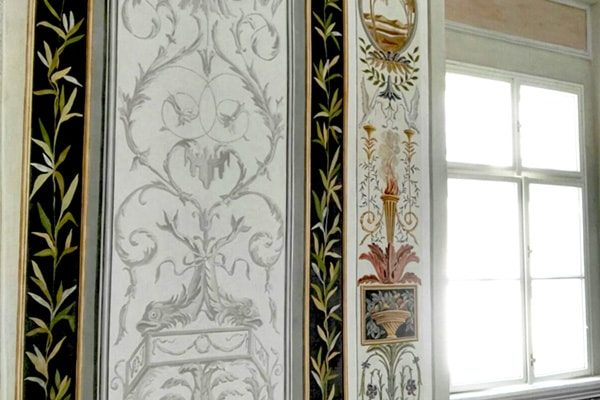 Interior Paint: grotesques grisaille